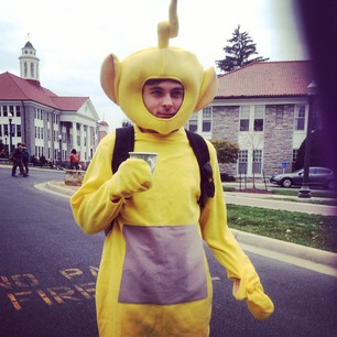 JMU Student dressed as Laa-Laa, the yellow Teletubby