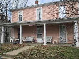 The Pink House- This shouldn't need an explanation. They chose the tried and true method of naming a house after the color of its paint.