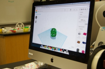This model by Isabel Yun was created in a program called TInkerCAD
