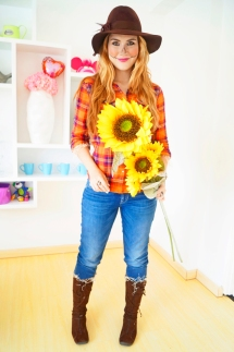 Scarecrow Costume - Image from The Joy of Fashion