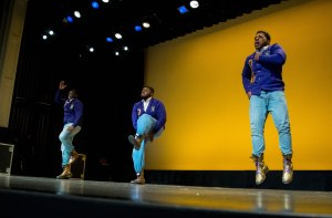 233536-homecoming-2015-homecoming-step-show-17