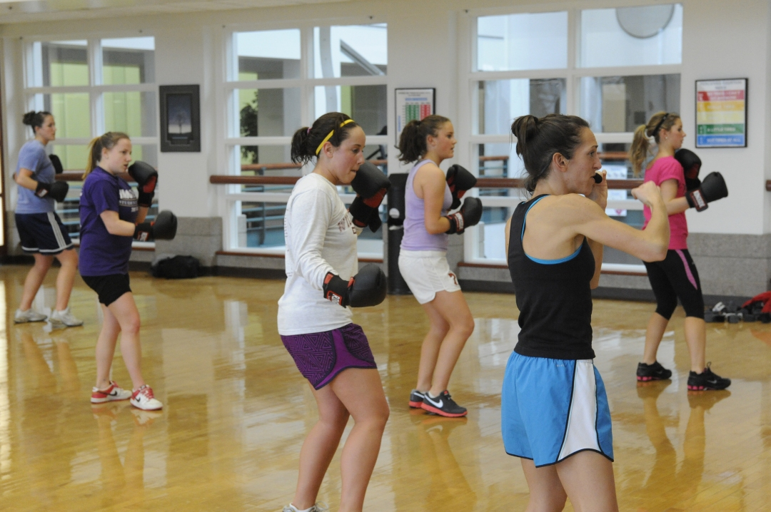 22222E UREC Kickboxing and Zumba-1047