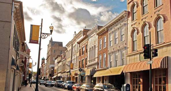 Source: http://www.visitstaunton.com/wp-content/uploads/2016/02/6-historic-downtown-lr.jpg